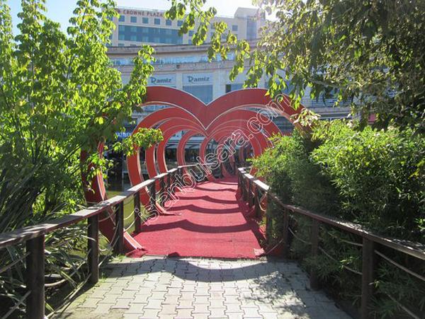 شهربازی ویا کریزی پارک استانبول