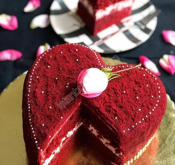کیک ردولوت کیک مناسبتی ولنتاین
